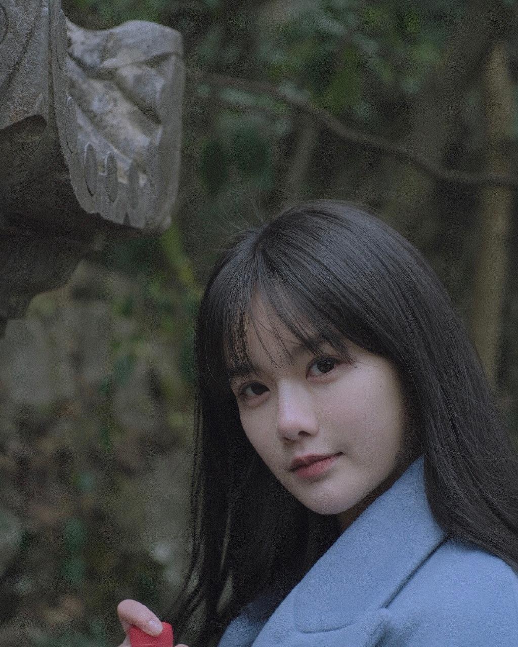 Vẻ đẹp cổ trang của Tiểu Y khó có hot girl nào sánh kịp