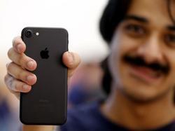 iPhone 8 ra mắt biến iPhone 7 thành smartphone đáng mua nhất