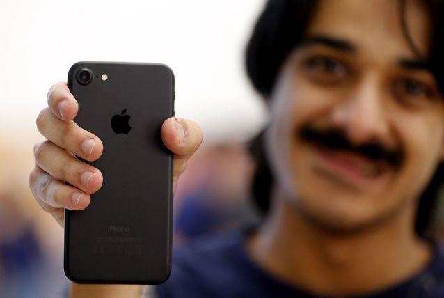 iPhone 8 ra mat bien iPhone 7 thanh smartphone dang mua nhat hinh anh 1