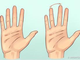 Lật bàn tay một người, chỉ cần để ý 3 yếu tố thôi là đã biết tính cách họ ra sao