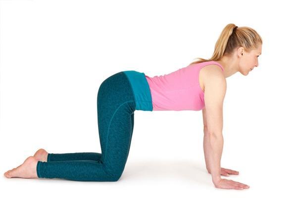 10 tư thế yoga dễ tập dành cho các cô nàng muốn vận động ở công sở - Ảnh 8.