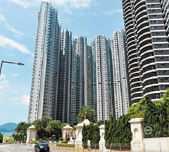 Mua nhà cả trăm tỷ, Angela Baby - Huỳnh Hiểu Minh vẫn giản dị đi chợ bình dân - Ảnh 6.