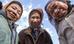 Một trong những tục lệ lâu đời của bộ tộc Apatani (thung lũng Ziro thuộc cao nguyên Apatani, bang Arunachal, Ấn Độ) là đeo khuyên trên mũi.