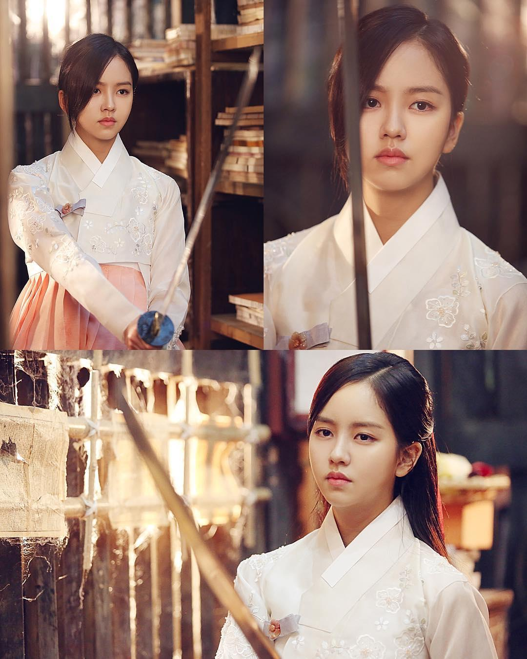2 báu vật điện ảnh Hàn Kim Yoo Jung - Kim So Hyun: kẻ tám lạng người nửa cân-15