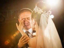 Vì sao con gái nhờ phúc đức cha?