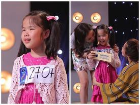Vietnam Idol Kids: Rơi nước mắt nghe cô bé khiếm thị hát về mẹ