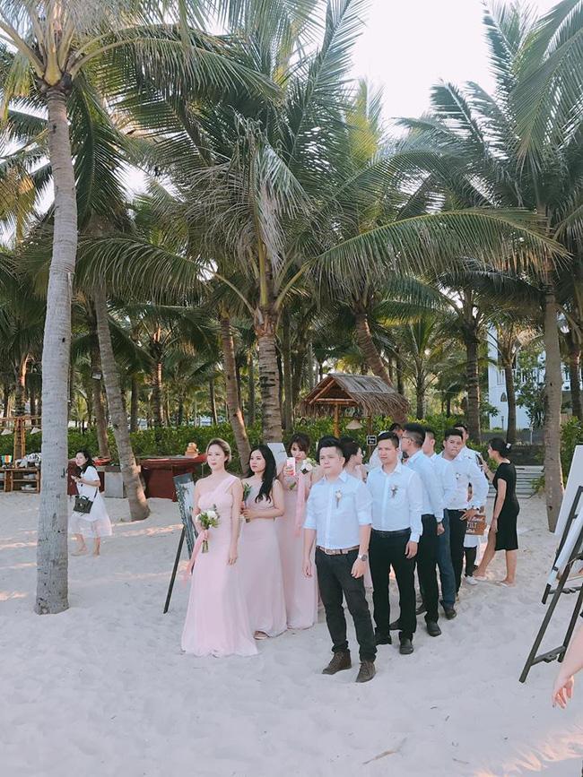 Hằng Túi hạnh phúc trở thành vợ người ta trong đám cưới bạc tỷ lãng mạn bên biển! - Ảnh 8.