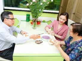 Giang Hồng Ngọc dốc sạch tài khoản mua nhà tặng phụ huynh nhân 'Ngày của mẹ'