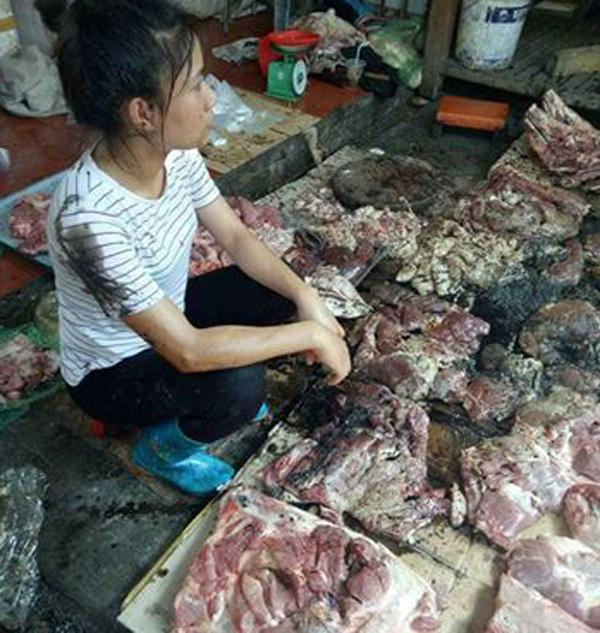 Hải Phòng: Cả chục cân thịt lợn của người phụ nữ bị tạt dầu luyn vì bán giá rẻ khiến dư luận phẫn nộ - Ảnh 5.