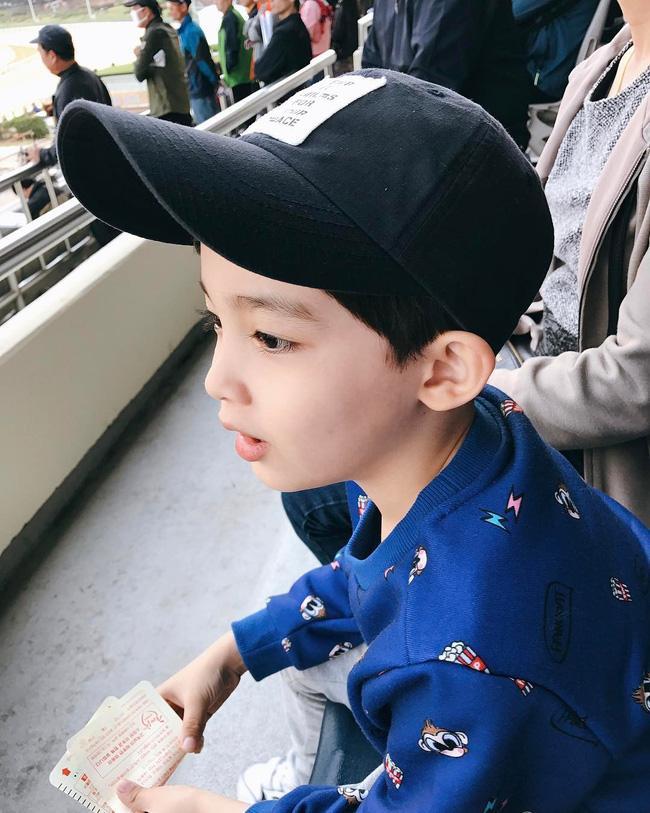 Chàng mẫu 5 tuổi mang hai dòng máu Hàn - Ả Rập khiến cư dân mạng ngây ngất vì quá dễ thương - Ảnh 8.