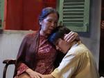 'Có căn nhà nằm nghe nắng mưa': Nước mắt người mẹ chờ con suốt 30 năm