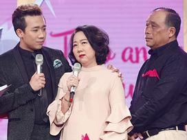 Lần đầu tiên, ba mẹ Trấn Thành an ủi con vượt qua thị phi ngay trên sóng truyền hình