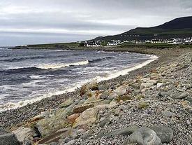 Bãi biển đột ngột xuất hiện trở lại sau hơn 30 năm biến mất
