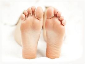 Lòng bàn chân xuất hiện những vân này thì cả đời sung sướng