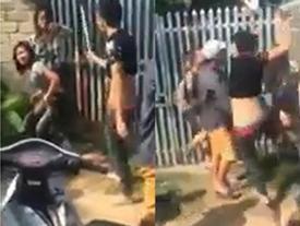 Hà Nội: Sốc trước cảnh 6 nam thanh niên dùng tuýp sắt 'phang' liên tiếp vào người 2 thiếu nữ