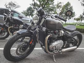 Chi tiết môtô Triumph nửa tỷ đồng của Cường 'Đô La'