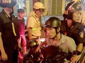 Đánh vào đầu hàng loạt phụ nữ đi đêm ở Sài Gòn để cướp