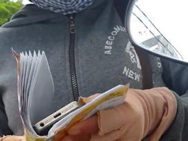 Màn kịch của cặp vợ chồng cầm iPhone 7 'rởm' lừa nữ công nhân