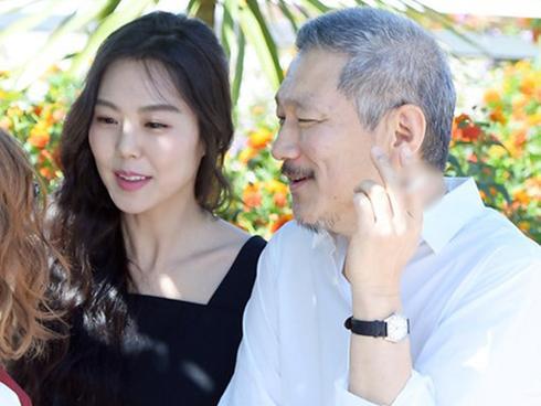 Cặp đôi chú - cháu gây phẫn nộ khi công khai tình tứ trên thảm đỏ Cannes