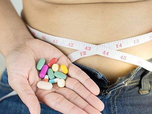 Vì sao học sinh không nên dùng thuốc giảm cân?