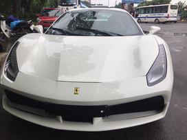 Siêu xe Ferrari 488 Spider thứ 2 ra biển số tại Việt Nam