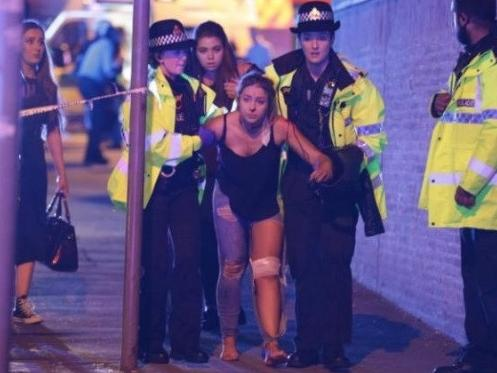 Nổ lớn ở nhà thi đấu Manchester, 19 người chết