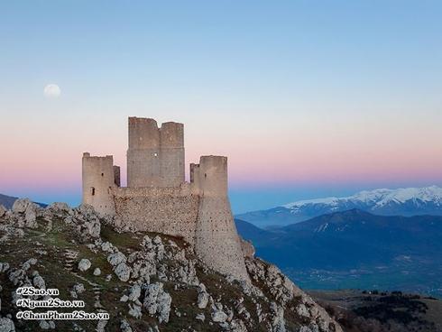 Ý 'phát' miễn phí 103 lâu đài, biệt thự