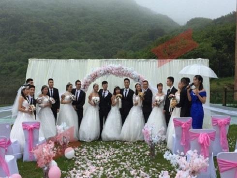 Đám cưới tập thể 'vi diệu nhất quả đất': Cả lớp cưới nhau