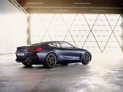 'Xe trong mơ' BMW 8-Series 2018 lộ diện trước giờ ra mắt