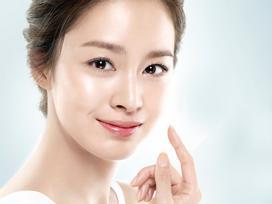 Kim Tae Hee mang thai nhưng vẫn quay cuồng với công việc
