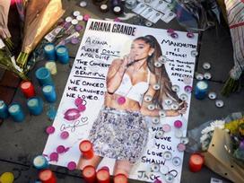 Ariana Grande sẽ quay lại nơi bị đánh bom để biểu diễn