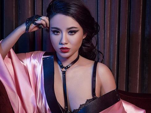 Linh Miu sẽ lột xác trong màn LiveStream có 1-0-2
