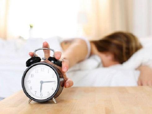 4 thói quen bạn thường làm sai vào buổi sáng
