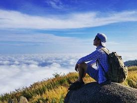 Xuất hiện núi Chứa Chan đẹp 'miên man' không đi nhanh thì phí của giời!