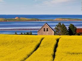 Khám phá vẻ đẹp tiềm ẩn của tỉnh đảo nhỏ nhất Canada