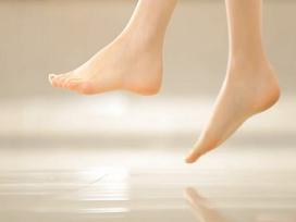 Hình dáng đôi chân cũng tiết lộ chuẩn xác vận số và phúc khí của bạn đời này sẽ ra sao