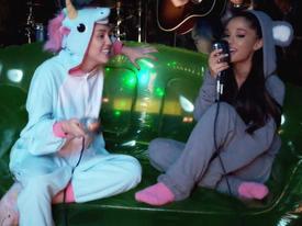 Ariana và Miley song ca tưởng nhớ nạn nhân vụ đánh bom đang là điều fan mong ước nhất!