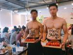 Ngất ngây ngắm nhìn dàn trai 6 múi phục vụ trong quán ăn ở Hà Nội