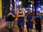 London: Ôtô tông đám đông, dao cắt cổ khiến ít nhất 2 người chết