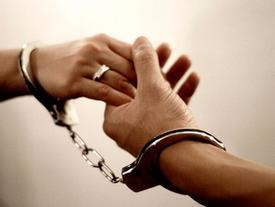 Trăn trở của bao cặp vợ chồng: Có nên ly hôn khi không còn tình cảm?