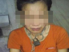 Sự thật chồng xích cổ vợ, đánh gãy tay con trai ở Thái Bình