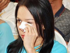 Việt Hương tiết lộ từng đi hát vũ trường, đám cưới với cát-sê 15 nghìn đồng