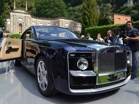 Rolls-Royce Sweptail đắt nhất thế giới lần đầu xuống phố
