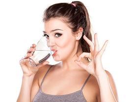 Uống nước như thế nào để giảm cân sau 10 ngày?