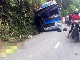 Tin hot trong ngày: Ô tô chở học sinh du lịch ở Vĩnh Phúc đâm vách núi, nhiều người thương vong
