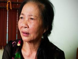 Bé trai 33 ngày tuổi tử vong trong chậu nước: Bà nội lý giải việc không đóng cửa chính