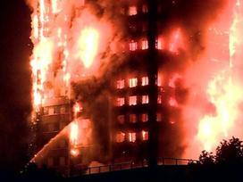Chung cư 24 tầng ở Anh cháy ngùn ngụt, nhiều người mắc kẹt