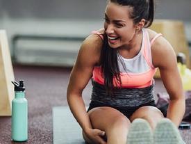 Huấn luyện viên nổi tiếng tiết lộ các bài tập thể dục chỉ mất 5 phút là bạn sẽ có thân hình tuyệt vời