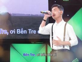 Hát mãi ước mơ: Xúc động trước cậu học sinh 17 tuổi đi thi hát để giúp đỡ bạn có tiền chữa bệnh