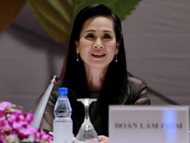 NSND Lan Hương: 'Vai mẹ chồng từng khiến tôi xấu hổ và sợ ra đường vì lo bị ném đá'